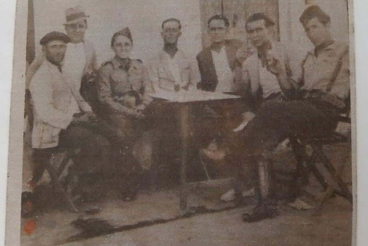 Militares y civiles en los años 30